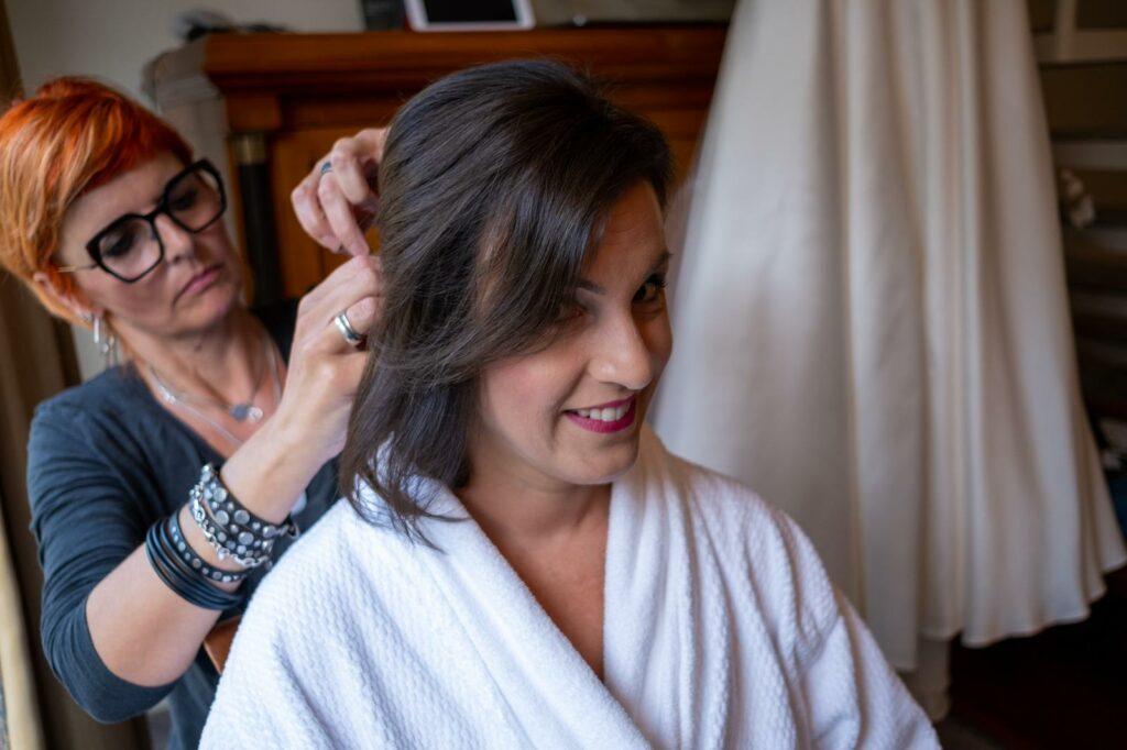 Hochsteckfrisur mit Haarschmuck | Kamps · Ihr Friseur Wismar